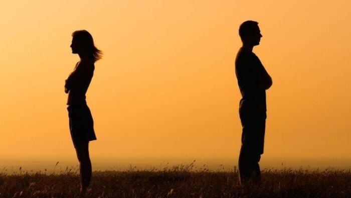 Kisah Patah Hati: Setiap Ada Pertemuan, Pasti Ada Perpisahan.