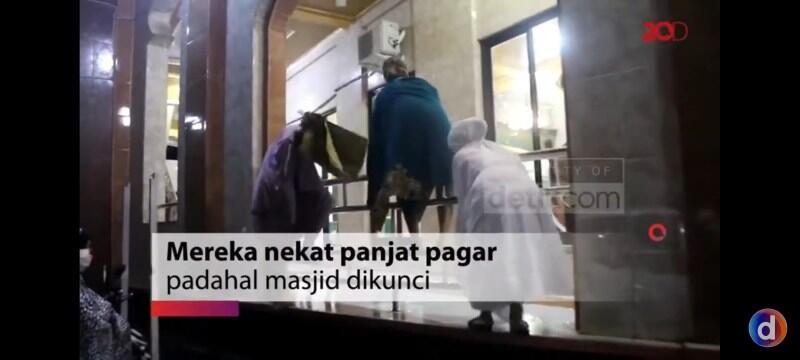 Malamnya Lompati Pagar Masjid Paksa Tarawih, Besoknya Dinyatakan COVID19
