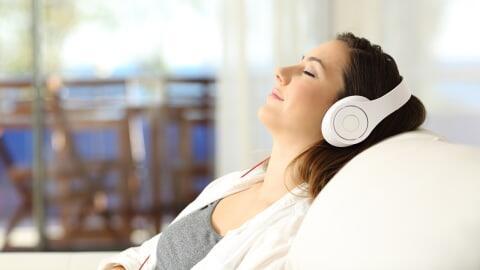 10 Rekomendasi Musik Lo-Fi agar Hidupmu Lebih Kalem