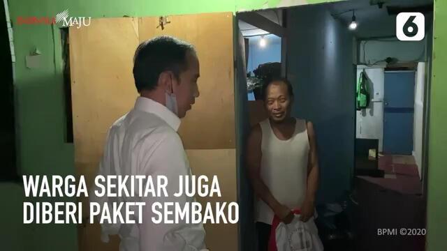 Jokowi Bagi Sembako Ke Gang Sempit, Janganlah Presiden Ambil Kewenangan Ketua RT