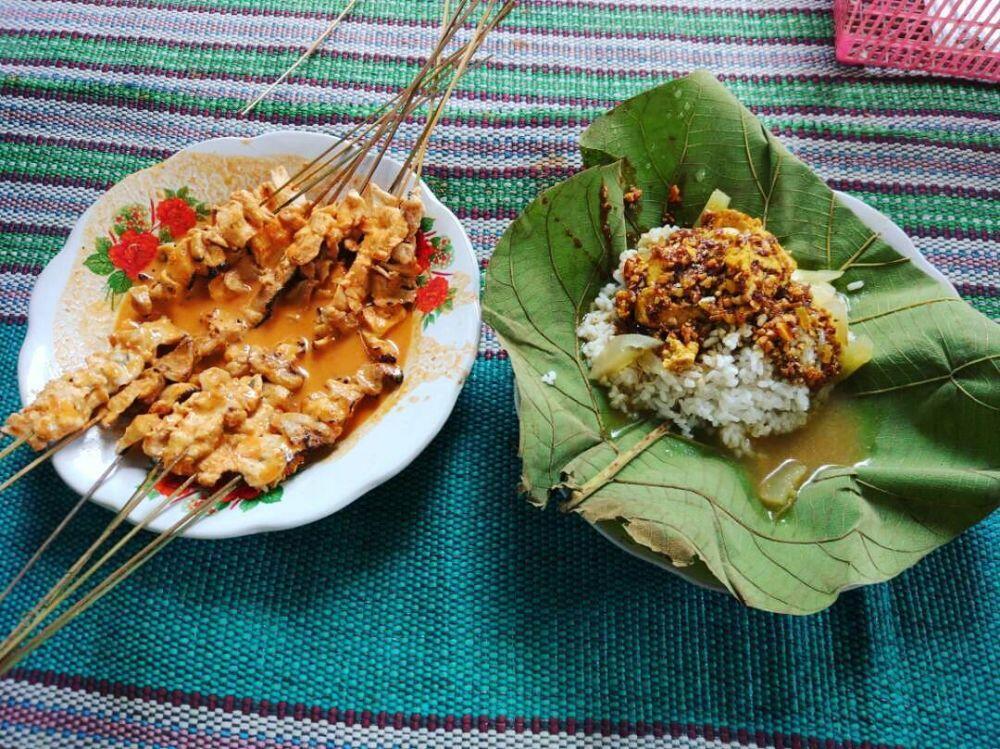 5 Rekomendasi Warung Sate Serepeh Khas Rembang, Bikin Kangen Pulang Kampung!