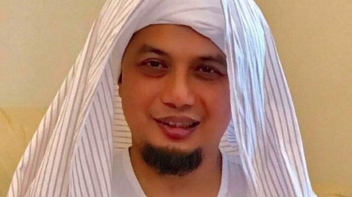 Deretan Artis Meninggal Di Bulan Ramadhan, Siapa Saja Mereka?