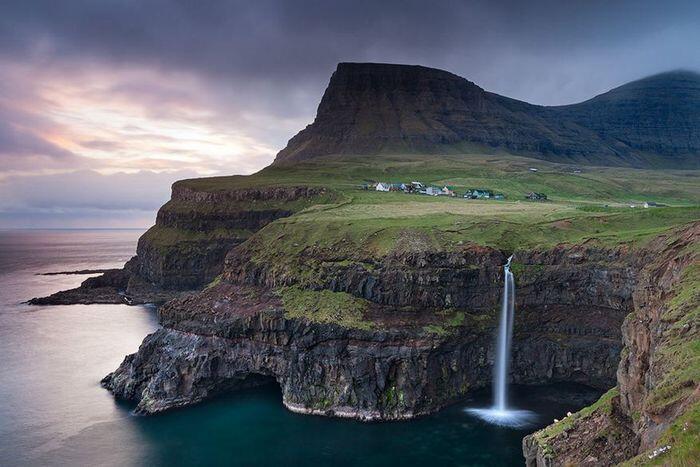 Tak Tersentuh, Inilah 7 Desa Tersembunyi yang Ada Di Bumi. Ada yang di Tengah Kawah.