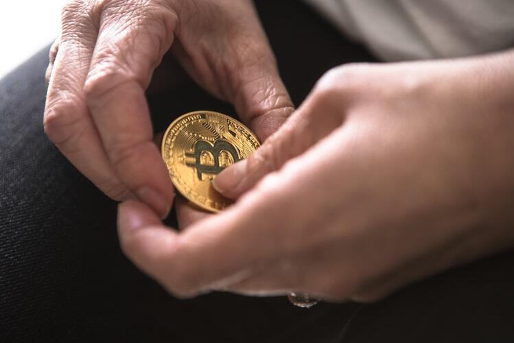 Harga Meroket Menjelang Bitcoin Halving Day, Saat yang Tepat Untuk Beli Bitcoin?