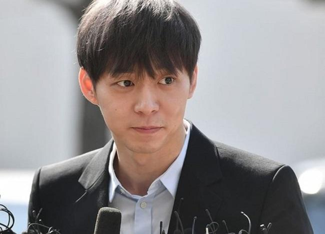 Niat Hati Sambat, Yoochun Justru Dicerca Netizen