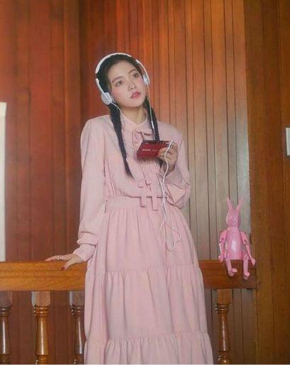 9 Inspirasi Outfit Dengan Dress Ala Yeri Red Velvet