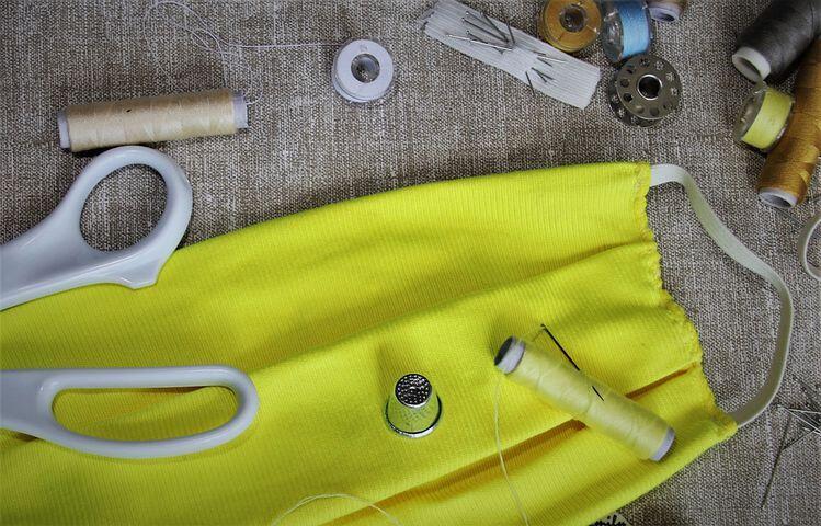 Kamu Membuat Masker Kain Sendiri? Perhatikan 8 Hal Penting agar Masker Berfungsi Baik