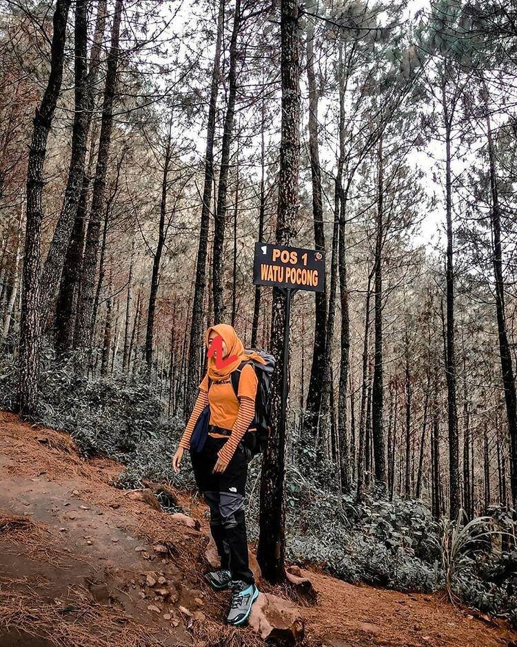 Ngabuburit Versi Kami Tracking Ke Gunung Andong