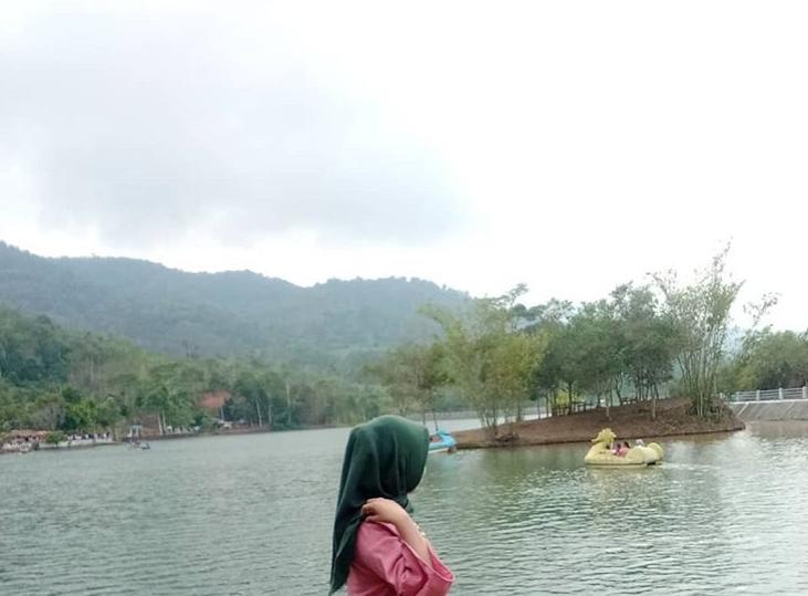 [Ramadan di Kotaku] Asri Keindahan Danau Picung