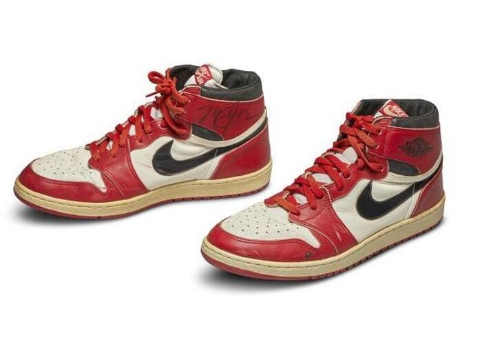 Pecahkan Rekor Dunia, Air Jordan 1 Milik Michael Jordan Terjual Seharga Rp 8 M!