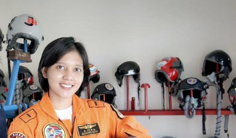Letda Pnb Ajeng Tresna Dwi Wijayanti, Penerbang Tempur Wanita Pertama TNI AU