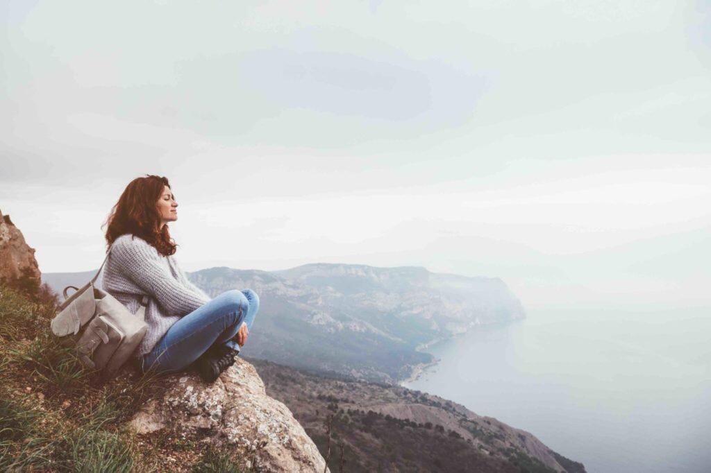 Sering Dianggap Suka Menyendiri, Ini Fakta Soal Introvert
