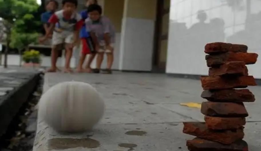 20 Permainan Tradisional Seru yang Kini Keberadaannya Sudah Jarang Ditemukan Lagi
