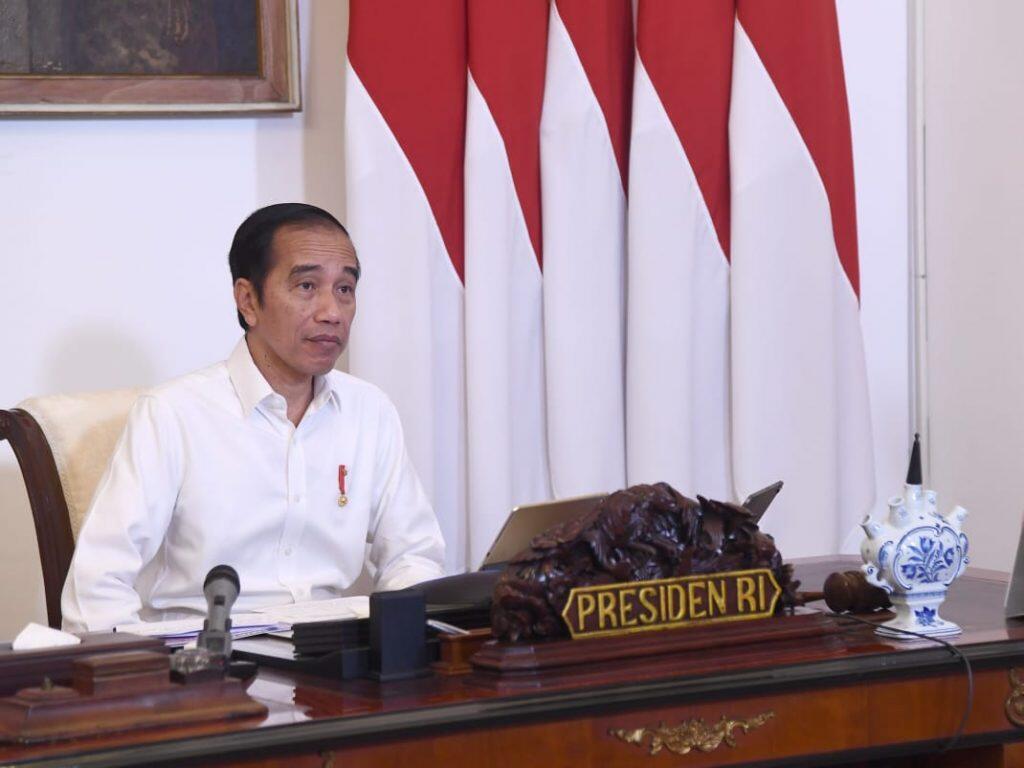 Jokowi Gaet KPK Untuk Awasi Bantuan Sosial Corona Kepada Warganya