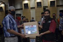 Ratusan Mualaf Kota Padang Terima Bantuan Paket Lebaran dari ACT Sumatera Barat