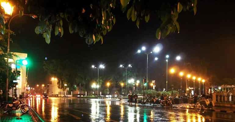 Hujan di Sudut Kota