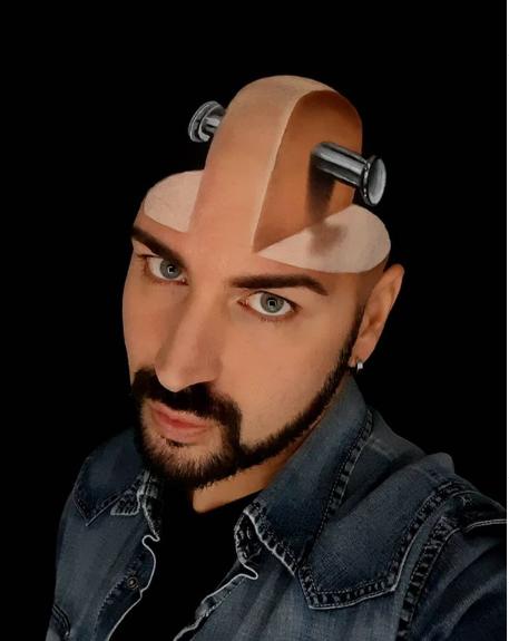 Deretan Karya Luca Luce Yang Menakjubkan, Ia Menggambar 3D di Wajahnya Sendiri