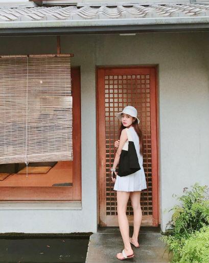 9 Inspirasi OOTD Namjoo A-Pink, Cocok Jika Kamu Ingin Tampil Feminin
