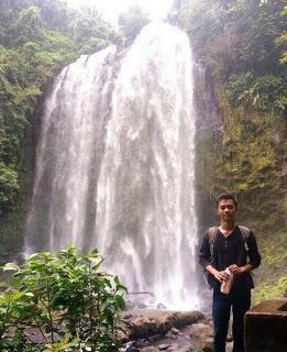 Salah Jantur Inar satu air terjun tertinggi di Kabupaten Kutai Barat Kalimantan imur