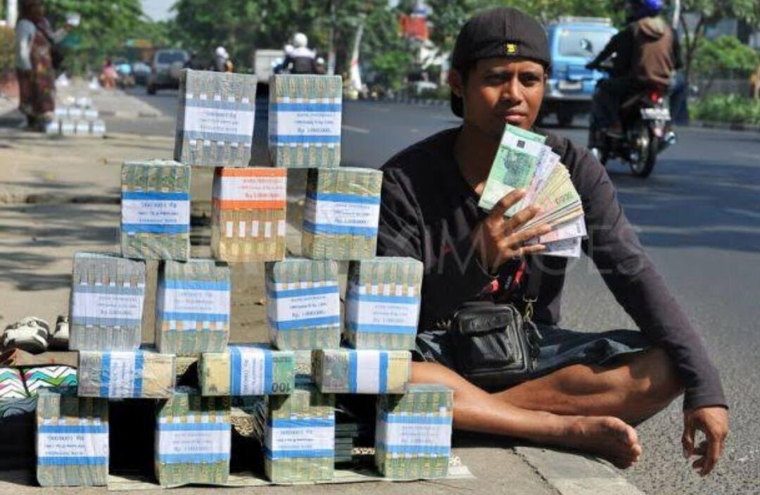 Bisnis Tukar Uang Meredup Menjelang Lebaran, Mau Sampai Kapan?