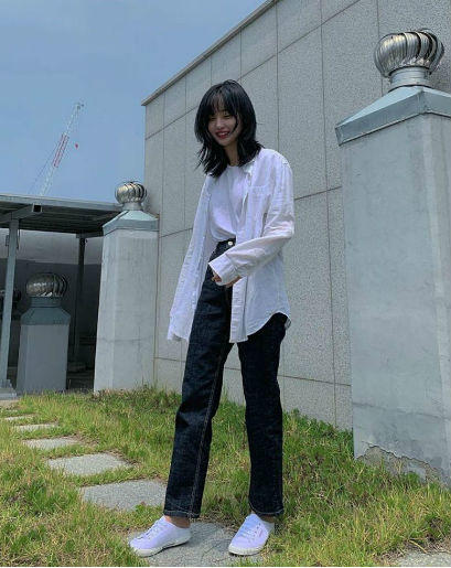 10 OOTD Kasual Ala Som Hye In Eks Idol School, Effortless Banget!