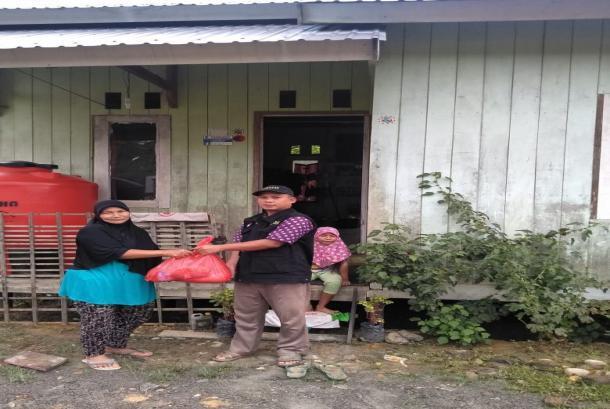 BMH Salurkan Sembako untuk Mualaf Pedalaman Mahulu, Kaltim