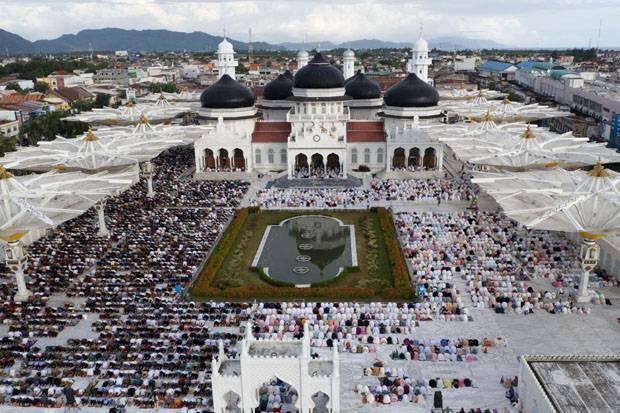 Wali Kota Banda Aceh Ucapkan Terima Kasih Jamaah Salat Id Pakai Masker