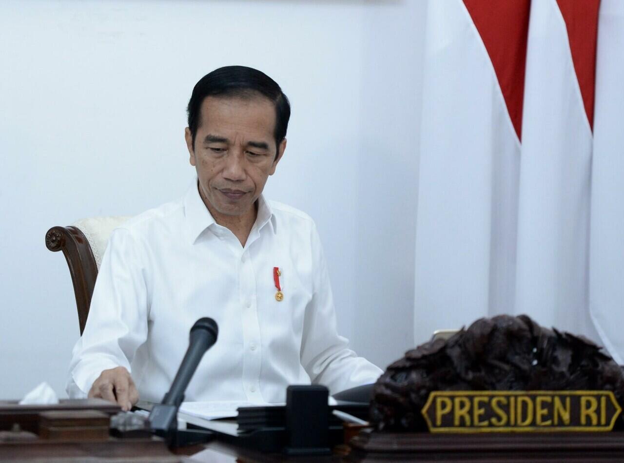 Jokowi : Segera Sosialisasikan Protokol Tatanan Normal Baru Secara Masif