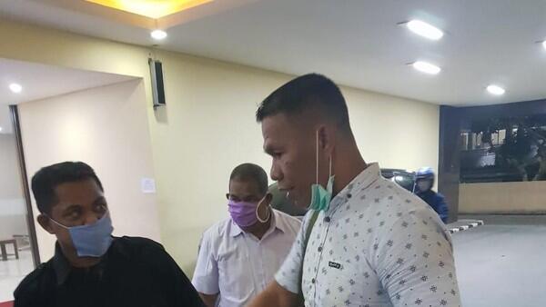 Ruslan Buton Ditahan, Pengacara Ajukan 2 Tuntutan Ini ke Polri