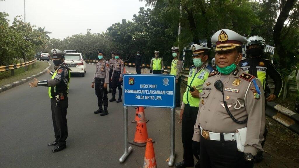 PSBB Jakarta Diperpanjang: Kendaraan Pribadi Bisa Angkut Penumpang Full, Tapi...