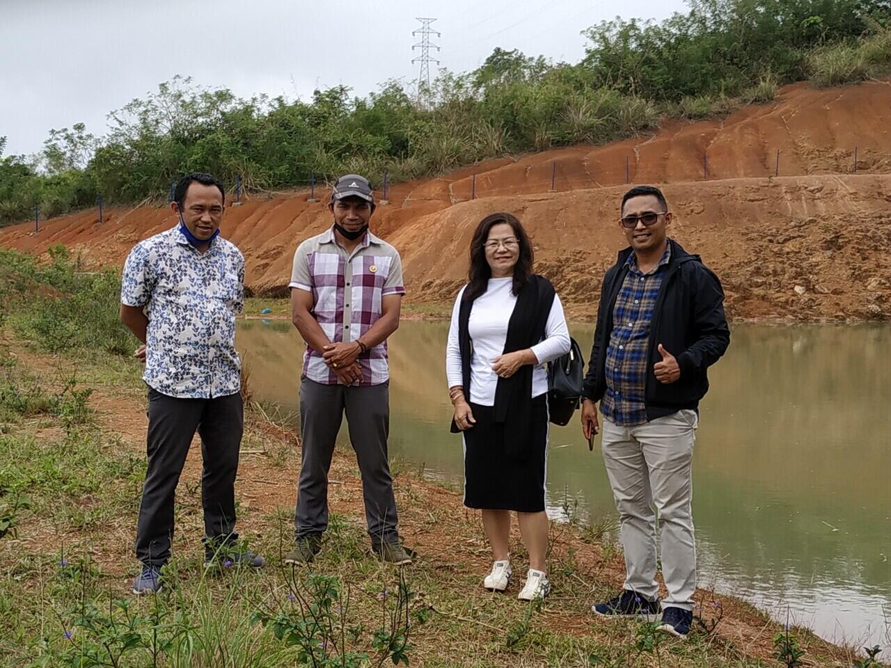 Komisaris Utama PT Floresco, Kunjungi Embung Wae Ndamu Di Desa Nao