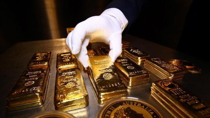 Harga Emas Kian Ambles, Ternyata Ini Pemicunya!