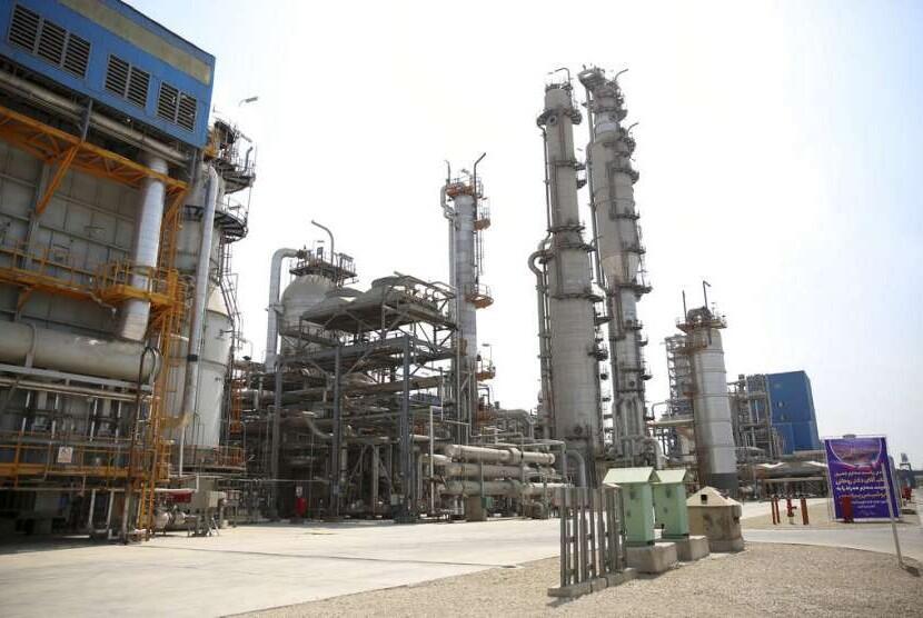 Harga Minyak Naik 2% Pasca Keputusan OPEC
