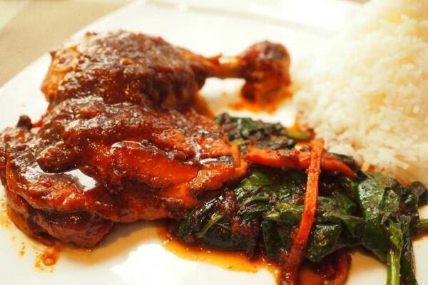 5 Makanan Khas Indonesia Yang Sangat Terkenal