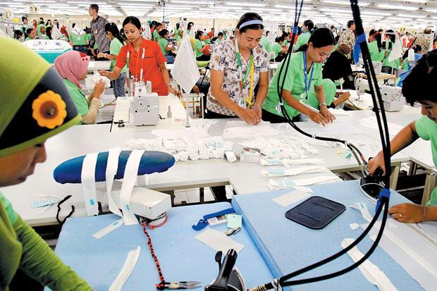 Imbas Covid-19, Industri Tekstil dan Produk Tekstil Minus 1,24%