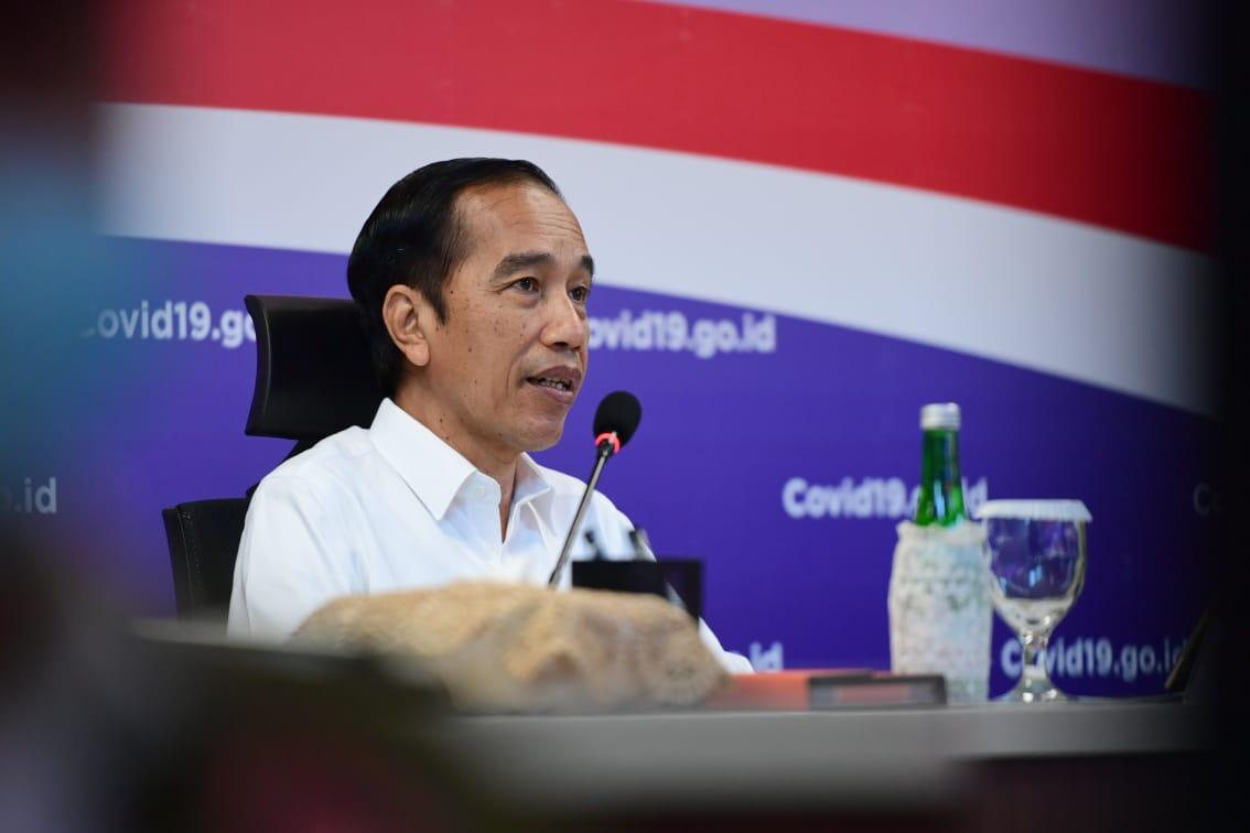Tinjau Kantor Gugus Tugas Covid-19, Presiden Ingatkan Tugas Besar Belum Berakhir