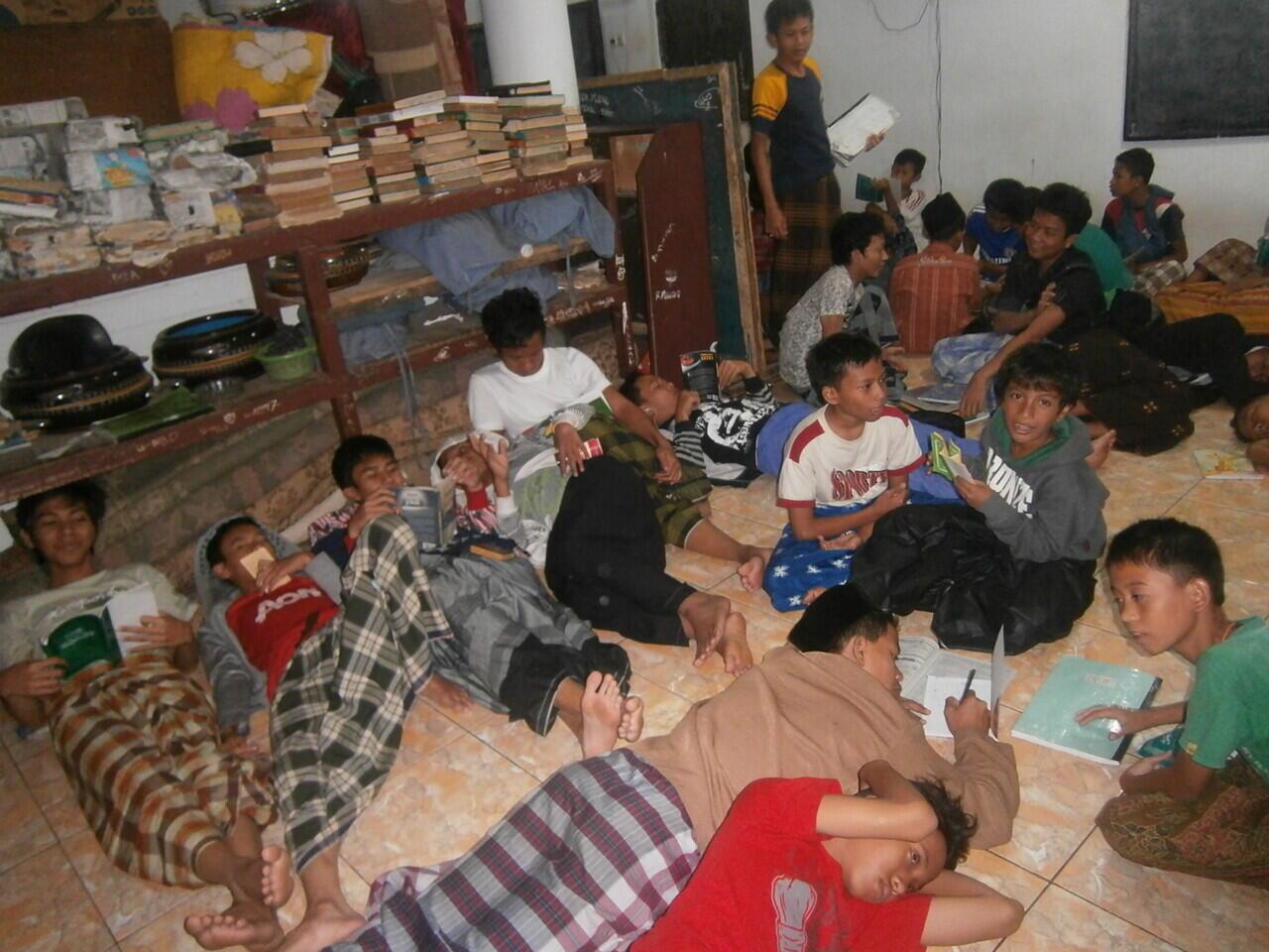 Tak Bijak Kyai Buka Pesantren di Tengah Pandemi