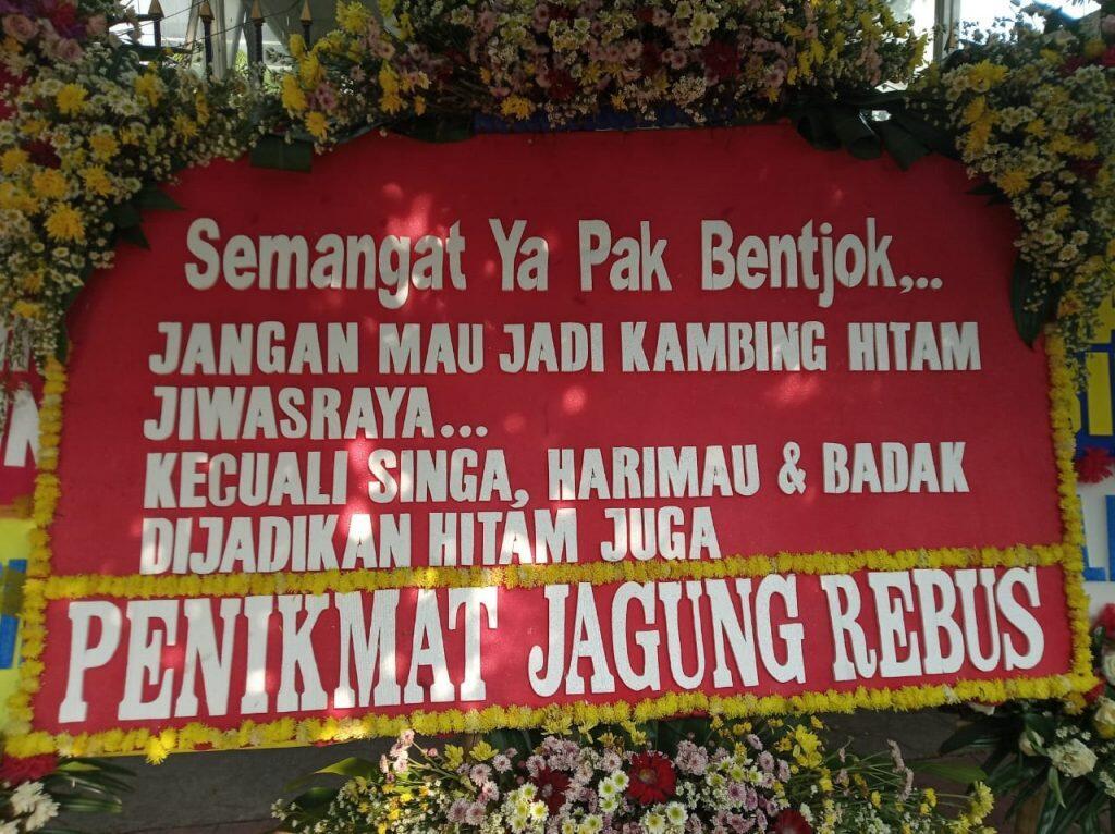 Intervensi Hakim, TPDI: Karangan Bunga Dukung Bentjok Harus Ditertibkan