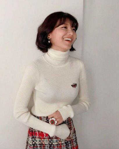 8 Inspirasi Outfit Ala Sooyoung SNSD, Dijamin Bikin Kamu Bak Fashionista!
