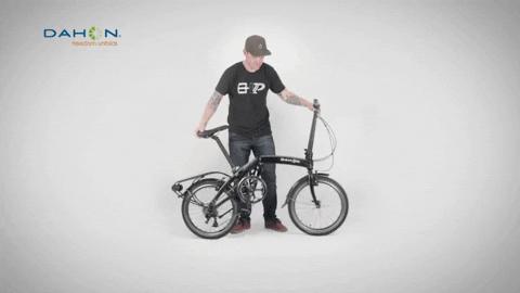 Yuk Kenali Lebih Jauh Tentang Sepeda Brompton dan Etika dalam Bersepeda!