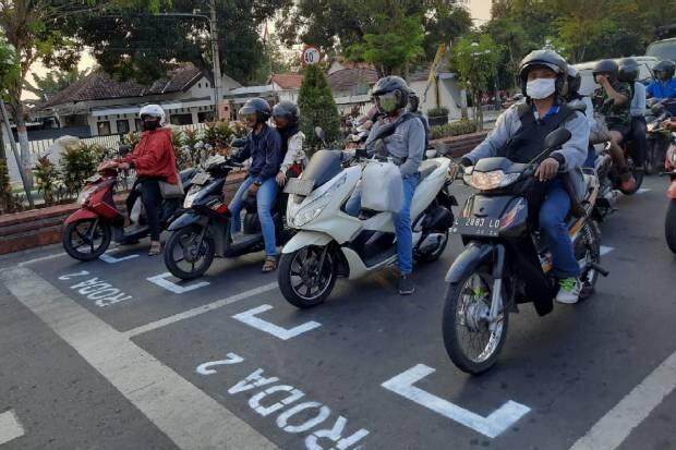 Traffic Light di Mojokerto Dibikin Mirip Starting Grid Sirkuit Balap