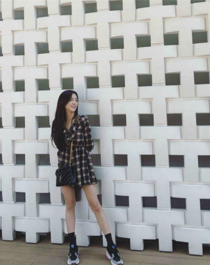 9 Ide Mix And Match Plaid Outfit Ala BLACKPINK, Anti Mati Gaya!