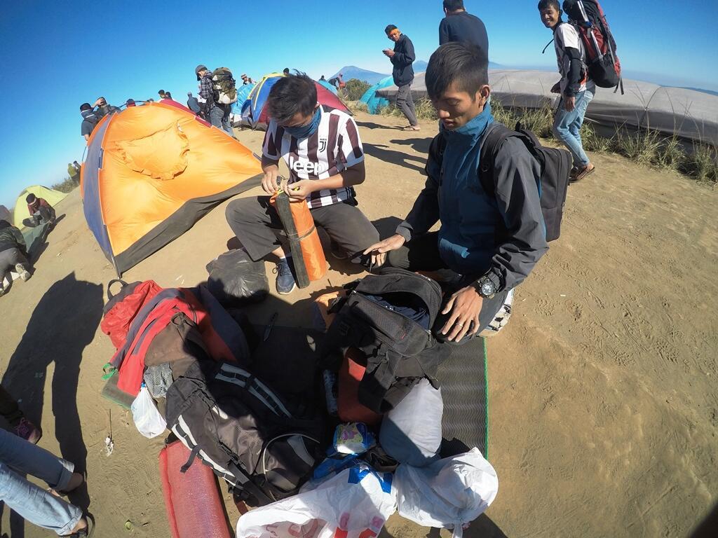 Pendakian pertama ke gunung Andong by GMBL_NAKED