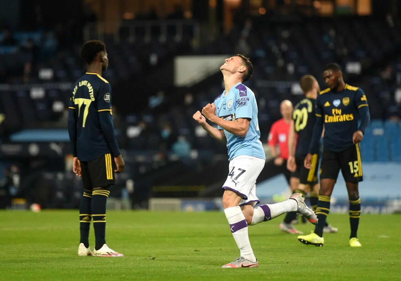 Arsenal Lupa Main Sepak Bola, Manchester City Hajar 3-0