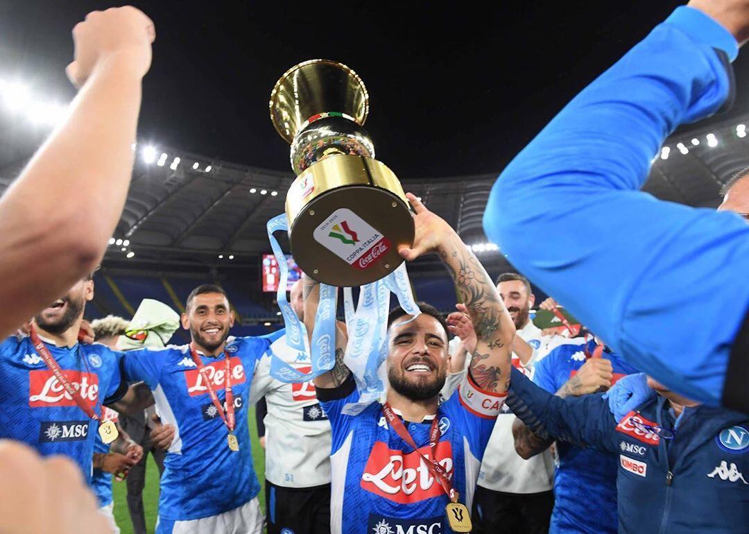 Kalahkan Juventus 4-2, Napoli Raih Trofi Coppa Italia yang Ke-6