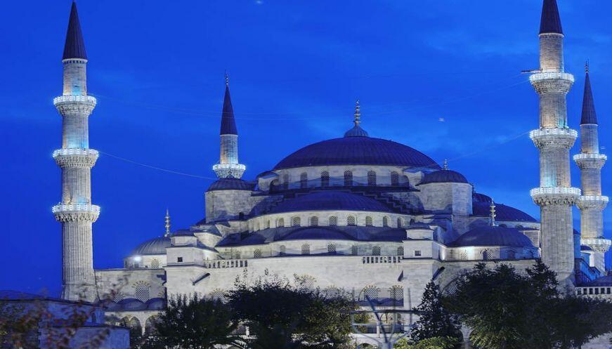 7 Bangunan Bersejarah Peninggalan Kerajaan Islam