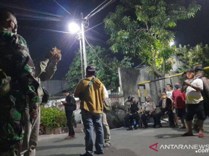 Detik-detik Polisi Tangkap Puluhan Anggota Kelompok Jhon Kei di Bekasi