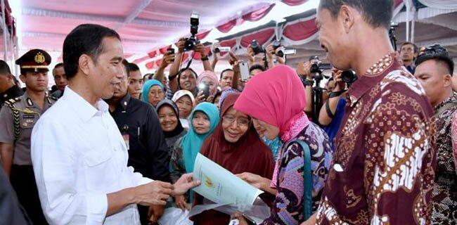 Jokowi Berhenti Bagikan Sertifikat, Tanah Rakyat Dirampas Konglomerat