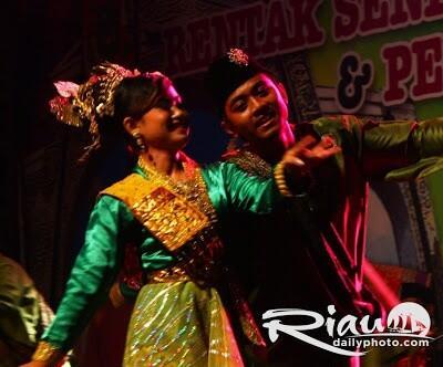 [COC Reg. Kepulauan Riau] Zapin, Tarian Budaya Perpaduan Mistis dan Dakwah, Kok Bisa?