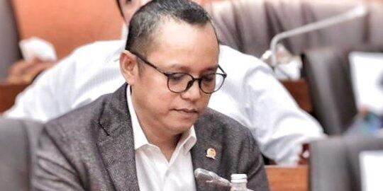 Politikus PDIP Kritik Banyak Komisaris 'Rasa' Direksi di BUMN